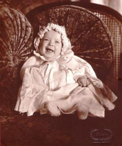 Baby poses for picture in 1931.